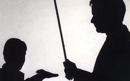 Hàn Quốc thông qua Dự luật cấm cha mẹ phạt đòn con cái