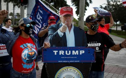 Ông Trump tự so sánh mình với siêu nhân sau khi dùng thuốc điều trị Covid-19