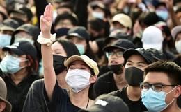 Thủ tướng Thái Lan tuyên bố tình trạng khẩn cấp ở Bangkok, các thủ lĩnh biểu tình bị bắt giữ