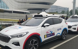 Độc đáo dịch vụ taxi không người lái tại Bắc Kinh, Trung Quốc