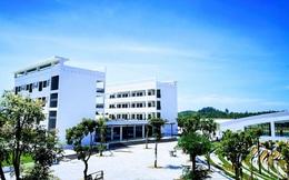 Ngôi trường chuyên gần 500 tỷ đồng: Cơ sở vật chất cực hoành tráng, góc sống ảo đẹp lung linh như phim trường