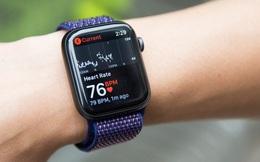 Người dân đổ xô đến bệnh viện khám vì quá tin... Apple Watch