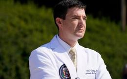 Bác sĩ Nhà Trắng thừa nhận Tổng thống Trump phải thở oxy
