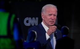 Ông Biden: Không nên tiếp tục tranh luận nếu ông Trump chưa khỏi hẳn COVID-19