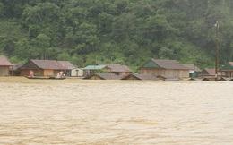 Mưa lũ dồn dập ở Quảng Bình: Hơn 12.600 nhà dân bị ngập chìm trong biển nước