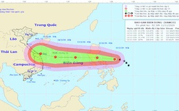 Bão Vamco giật cấp 14, dự báo tăng cấp rất nhanh trước khi vào Biển Đông