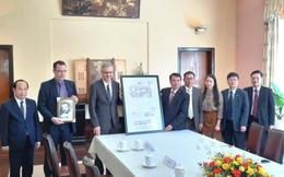 Pháp trao bản sao bản vẽ thiết kế dinh Bảo Đại cho tỉnh Lâm Đồng