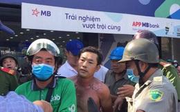 Bắt giữ người đàn ông tẩm xăng, cướp ngân hàng TPBank ở Sài Gòn