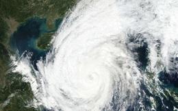 """Nhiều địa phương thông báo khẩn cho học sinh nghỉ học để tránh """"cuồng phong"""" bão số 13"""