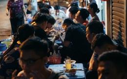 """Chùm ảnh: Nếu Sài Gòn là """"thành phố không ngủ"""" thì Hà Nội sau 0 giờ đêm cũng là """"một Thủ đô luôn thức"""""""