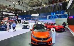 """Người Việt chi gần 1,9 tỷ USD để mua ô tô """"ngoại"""""""