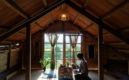 """Khoe nhà gỗ có phòng áp mái xinh xắn view thẳng ra núi rừng, chủ nhân Bếp trên đỉnh đồi tiết lộ những khó khăn của cuộc sống """"bỏ phố về quê"""""""