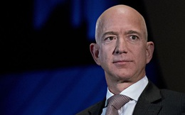 Giữa bầu cử Mỹ, Jeff Bezos bán 3 tỷ USD cổ phiếu Amazon