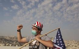 Nước Mỹ chật vật kiểm soát đại dịch giữa mùa bầu cử và lễ hội