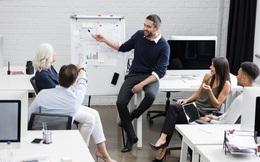 Nghệ thuật dẫn dắt một cuộc họp: Biết cách xen vào lời người khác khi cần thiết
