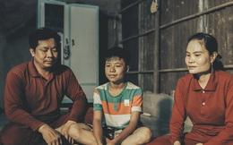 """Hành trình ly kỳ như trên phim của 3 đứa trẻ đạp xe 400km suốt 5 ngày từ Cà Mau lên Sài Gòn để thăm mẹ: Tin nhắn cắt đứt hi vọng của người mẹ, """"tụi con đi thêm 1 ngày nữa sẽ không sống nổi""""!"""