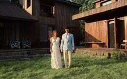 """""""Bóc giá"""" nhà gỗ giản dị của nữ ca sĩ ở ẩn Lee Hyori, Dispatch tiết lộ: 6 năm lãi 19 tỷ, giá nhà ảnh hưởng tới BĐS toàn Jeju"""