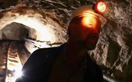 Vì sao khai thác vàng ngày càng khó hơn?