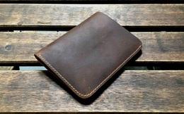Trả 100 USD cho chiếc ví chỉ 5 USD, người đàn ông được nghe 1 thông tin cũ từ người bán hàng và hồi kết bất ngờ, thức tỉnh nhiều người