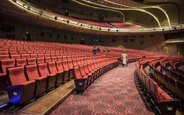 Rạp chiếu phim ở Trung Quốc bắt đầu mở cửa lại sau đỉnh dịch, trung bình chỉ có 2 khách/ngày