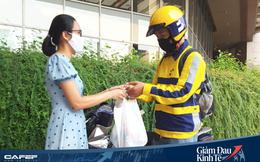 Nở rộ dịch vụ đi chợ hộ do dịch Covid-19, khách muốn có hàng cần đặt trước 1 ngày để tránh bị động