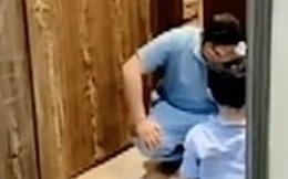 Nam y tá bật khóc vì không thể ôm con trai sau khi trở về từ bệnh viện chống dịch Covid-19