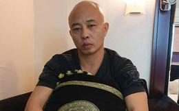 Phát hiện cảnh sát truy bắt, chồng nữ đại gia bất động sản Thái Bình chạy bộ vào nhà dân lẩn trốn