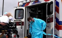 Được ca ngợi như người hùng, nhiều y bác sĩ bỗng dưng mất việc giữa đại dịch Covid-19 và thực trạng nhức nhối của ngành y tế Mỹ