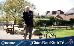 Cựu chiến binh Anh 99 tuổi đi bộ 100 vòng, quyên 15 triệu USD chống Covid-19