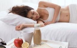 Làm 2 thói quen này vào buổi sáng dễ hại gan hơn cả việc uống rượu và thức khuya