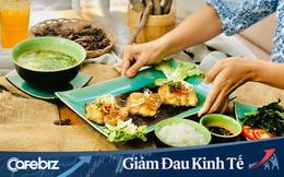 """Từ chuyện iVivu và Saigon Tourist đi bán cơm, nhà hàng Vua Cua làm bánh bao, tới mục tiêu tối thượng thời dịch """"Làm sao để doanh nghiệp TỒN TẠI"""""""