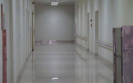 Hải Phòng: Tiếp nhận trở lại ca nghi nhiễm COVID-19 từng xét nghiệm 3 lần âm tính