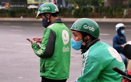 """Tài xế xe ôm, taxi trong ngày đầu nới lỏng giãn cách xã hội tại Hà Nội: """"Hào hứng đi làm lại nhưng chờ từ sáng đến trưa chẳng có khách nào"""""""