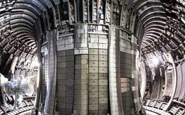 Thiết bị nặng 1200 tấn này vừa được Trung Quốc vận chuyển tới Pháp để lắp đặt 'Mặt Trời nhân tạo'