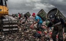 Ám ảnh những phận đời nhặt rác ở Indonesia: Thà chịu nhiễm Covid-19 còn hơn chết đói