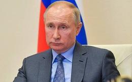 Ông Putin tiếp tục làm việc từ xa sau khi tiếp xúc bác sỹ mắc Covid-19