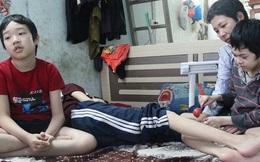 """Số phận éo le của người mẹ nuôi 3 đứa con mắc bạo bệnh ở Hà Nội: """"Tôi từng nghĩ đến cái chết để giải thoát tất cả"""""""