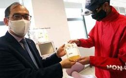 Hồng Kông: Huyết tương người sống sót giết 99% virus gây Covid-19