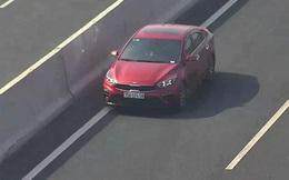 Tài xế ô tô lao ngược chiều vun vút ở làn 120 km/h trên cao tốc Hà Nội - Hải Phòng