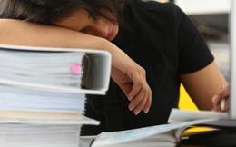 """Mệt mỏi với công việc mức lương 22 triệu, cựu sinh viên NEU """"thú nhận"""" không có thời gian yêu đương, mất cân bằng cuộc sống"""