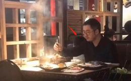 """Chủ tịch Taobao bị chụp lén khi rầu rĩ đi ăn lẩu sau bê bối ngoại tình với hotgirl """"huyền thoại"""", dân mạng cảm thán: Cái giá phải trả cho sự phản bội!"""