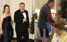 Sự thật ít ai biết đằng sau bức ảnh ngoại trưởng Mỹ đeo tạp dề, đứng rửa bát cho vợ gây sốt cộng đồng mạng