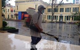 Hà Nội: Các trường học tất bật chuẩn bị đón học sinh đi học trở lại