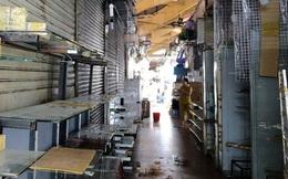 """Chợ Bến Thành vẫn đìu hiu hậu dịch Covid-19, tiểu thương """"cầu cứu"""" vì ngồi cả ngày không có khách thăm quan"""