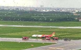 Máy bay Vietjet lao ra khỏi đường băng, tạm thời đóng cửa Tân Sơn Nhất