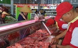 """Sao lại bảo """"thịt heo đắt thì ăn thịt gà""""?!"""