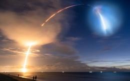 Màn phóng tàu thành công của SpaceX gây ra mây dạ quang - hiện tượng thiên nhiên hiếm gặp và đẹp mê hồn