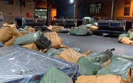 Tạm giữ hơn 4 tấn hàng trong kho của Vietnam Airlines tại sân bay Tân Sơn Nhất