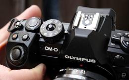 Olympus từ bỏ mảng kinh doanh máy ảnh, bán lại cho công ty đã từng mua VAIO