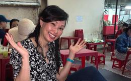 Vừa là nữ doanh nhân giàu có, vừa là hot mom nổi tiếng MXH nhưng Shark Linh lại vui vẻ khoe ngồi ăn trứng vịt lộn vỉa hè
